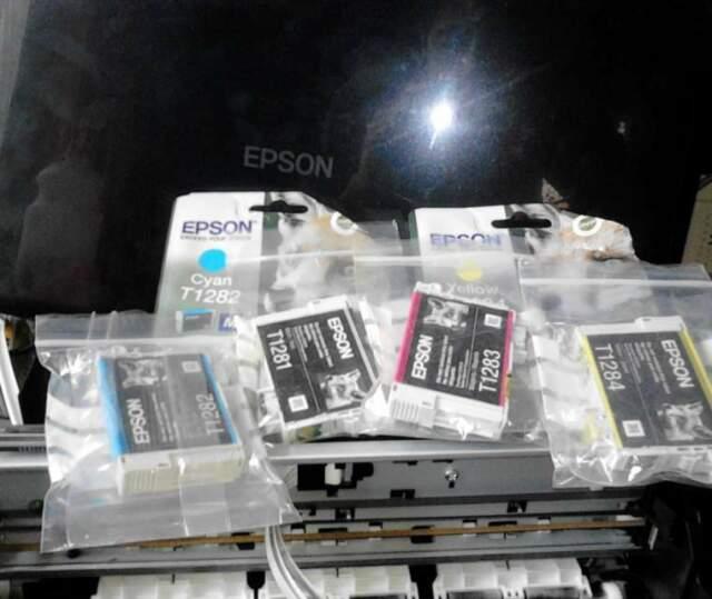 Cartucce Epson,scanner,pezzi vari