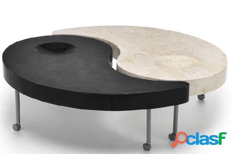 Coppia di Tavolini Cinesi in Pietra Fossile con Ruote