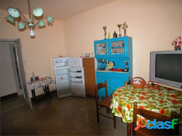 Ex alloggio di 85mq circa 2° piano con posto auto