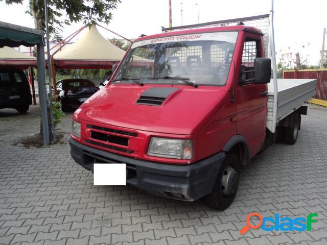 IVECO DAILY 35.10 diesel in vendita a Nova Siri (Matera)