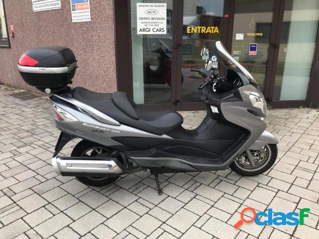 Suzuki Burgman 400 benzina in vendita a Cantù (Como)