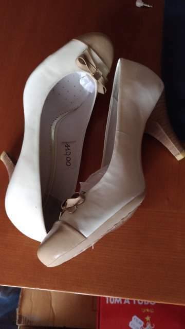 Decolletè decoltè GEOX scarpe tg 35 nuove mai usate