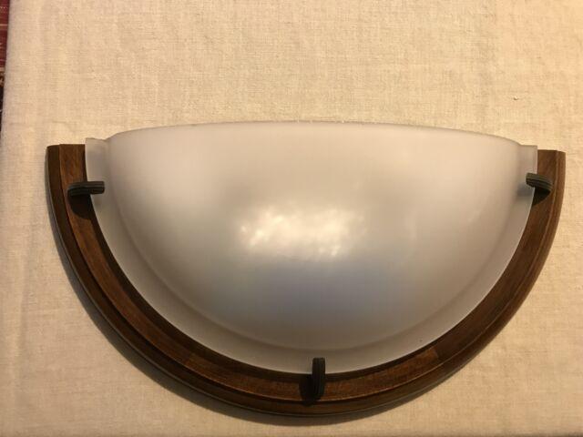 Applique da parete in legno e vetro