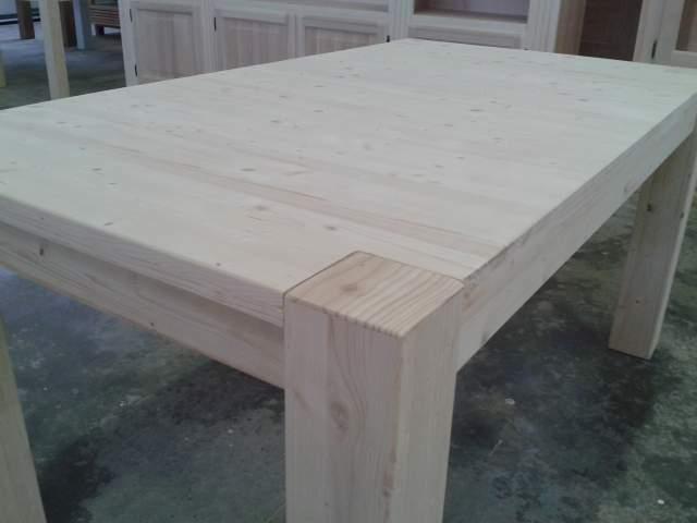 Tavolo da giardino in Abete