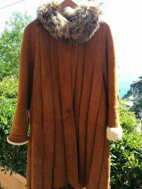 Cappotto Montone con collo in pelliccia