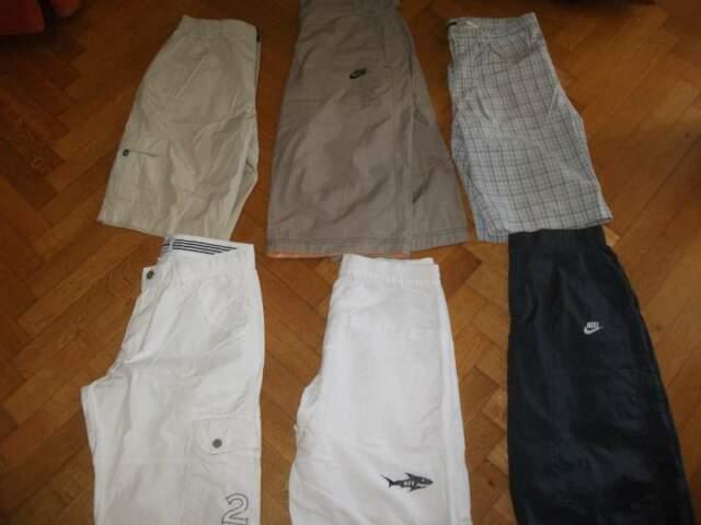Stock 6 Pantaloni corti e bermuda tag s! sisley!
