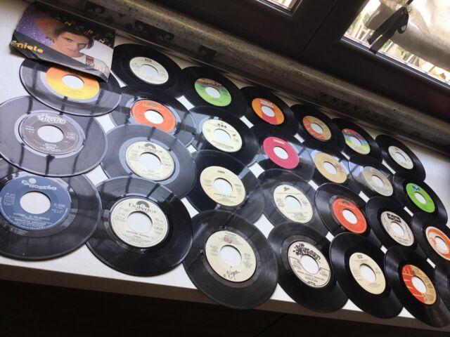 Stock circa n. 30 dischi 45 giri vintage