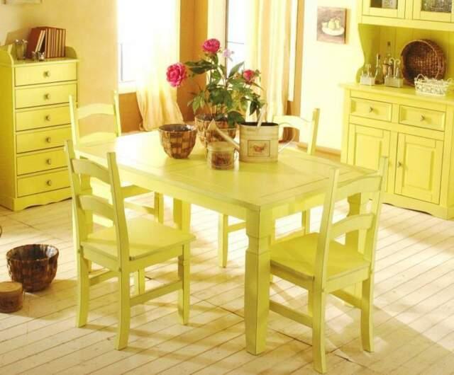 Tavolo in legno stile country