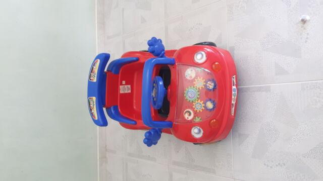 Auto elettrica mini car giocattolo per bambini