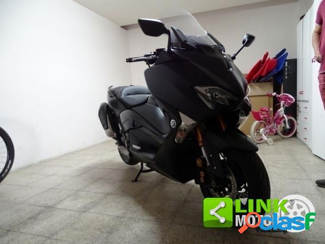 Yamaha T-Max 530 benzina in vendita a Martina Franca