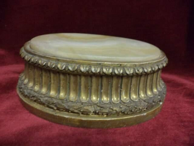 030 - Antica base in legno e marmo, intagliata e dorata