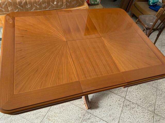 Vendo tavolo in legno