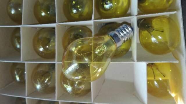 Lampadina incandescenza giallo E14 5W 14V