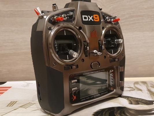 Spektrum DX9