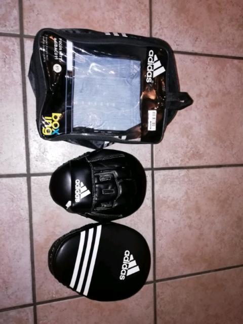 Adidas Kick Boxing guanti