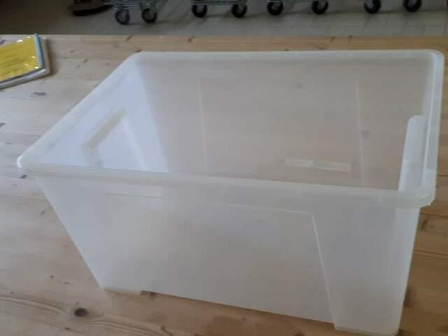 Scatole in plastica trasparente + doppio tendipellicola