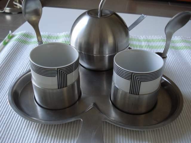 Servizio da caffe' 2 tazze porcellana inox, vassoio