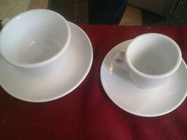 Set tazze caffè, piccole 2 euro l'una, porcellana
