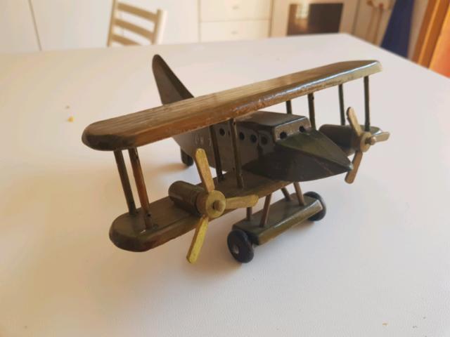Aereo giocattolo legno