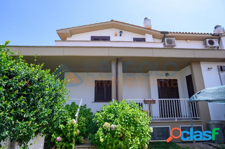 MIAMI - Splendida Villa con Posto Auto € 199.000 T401