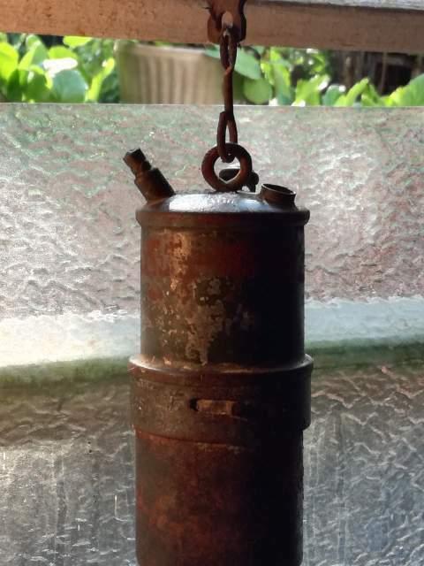 Antica lanterna da minatore