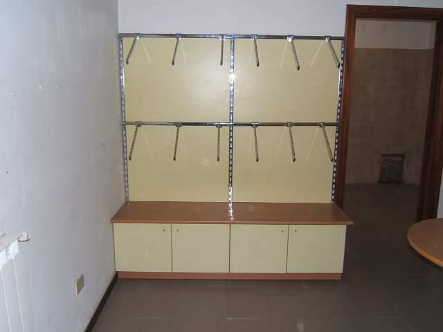 Arredamento modulare per negozio