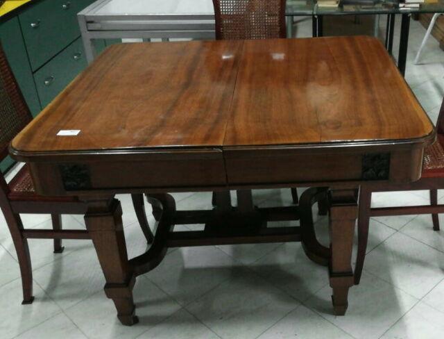 Tavolo in stile Liberty