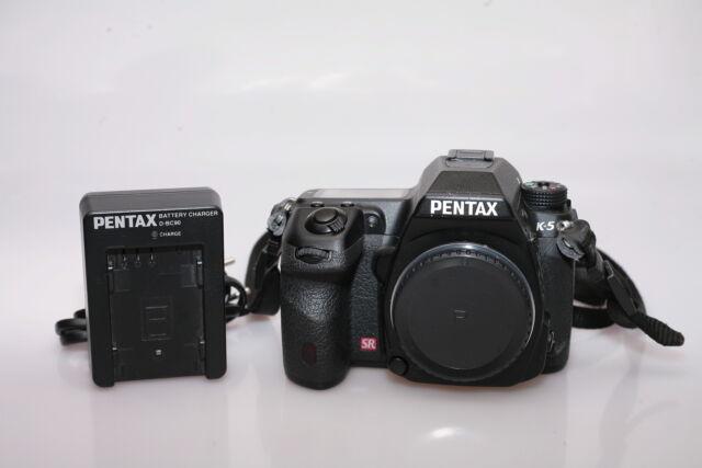 Fotocamera digitale reflex pentax k-5. solo corpo.