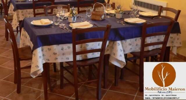 Set Completi cod 963 Tavoli Ristorante 70x70 e Sedie Nuovo