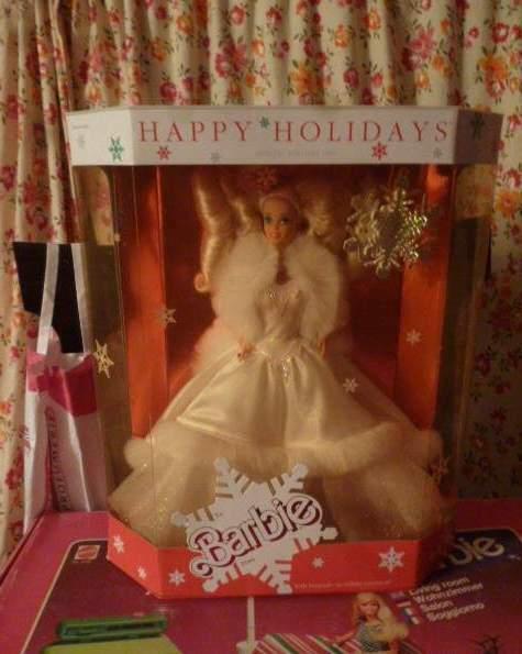Barbie Happy Holidays Magia delle Feste hawaiian