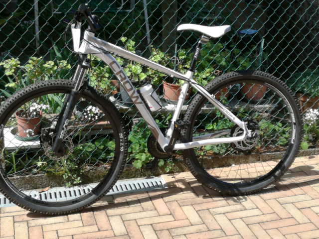 Mountain bike mtb bicicletta CROWN nuova