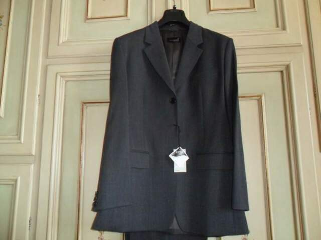 Tailleur grigio giacca e pantaloni nuovo