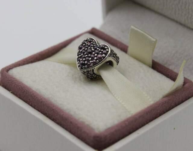 Pandora Charm cuore scintillante rosa pcz