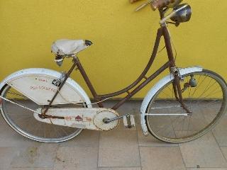 Bicicletta da donna Olympia Carlo Borghi Old Holland