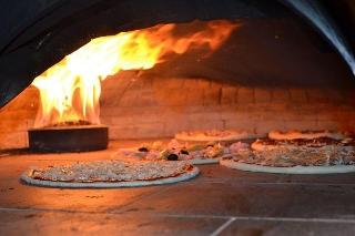 Pizzaiolo stesura a mano forno a gas germania norimberga