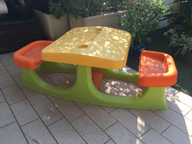 Tavolo da giardino per bambini