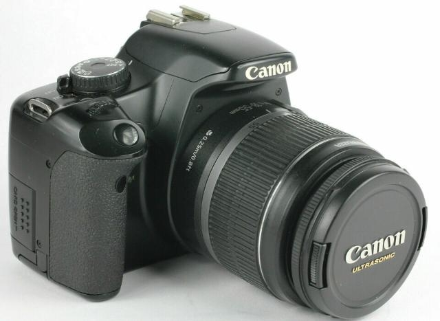 FOTOCAMERA CANON EOS 450D + EF-S  IS