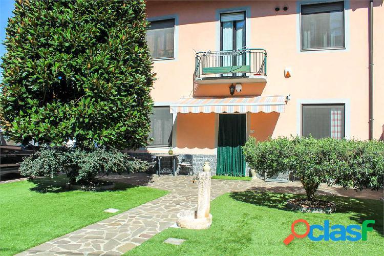Casa indipendente con giardino a Marcallo