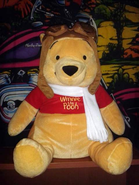 Winnie the Pooh, Hello Kitty