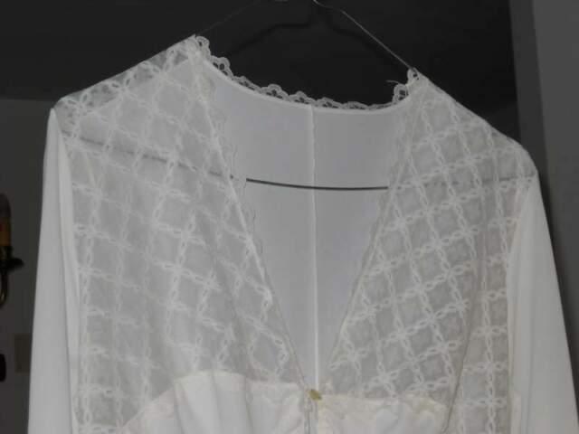 Completo camicia da notte e vestaglia bianco