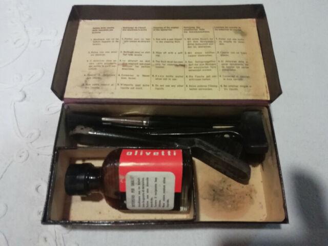 Olivetti kit pulizia macchine da scrivere spazzole + liquido