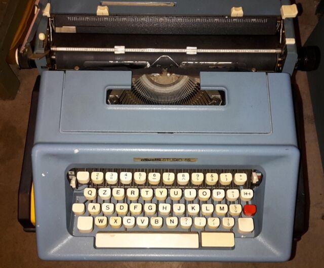 Macchina da scrivere Olivetti Studio 46 vintage