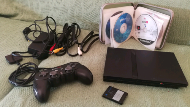 Console playstation 2 completa con giochi e accessori