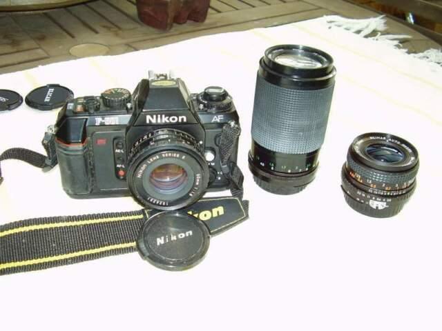 Nikon f501 con obiettivi
