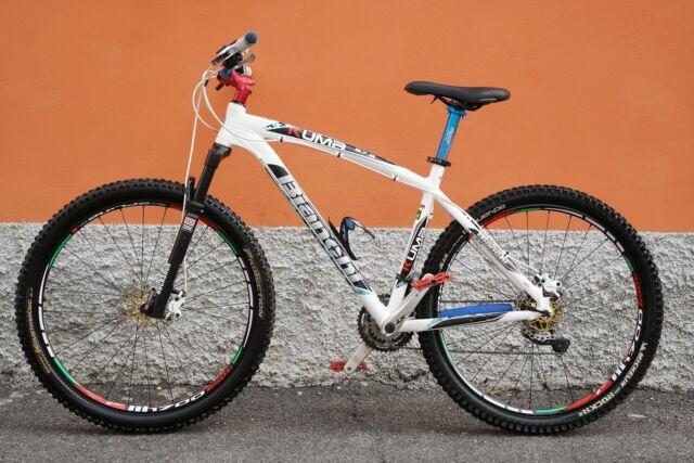 Mountain Bike MTB Bianchi kuma 27.2 da gara