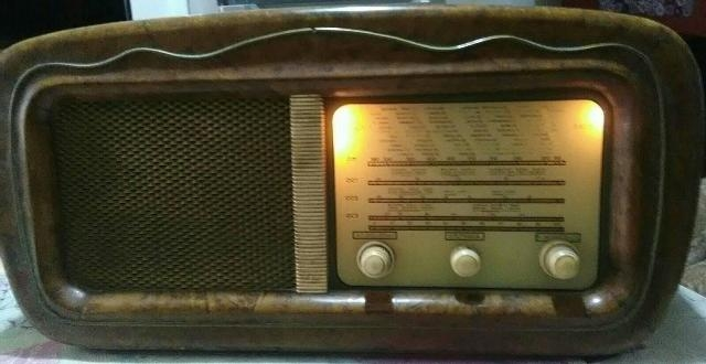 RADIO VINTAGE ANNI 40