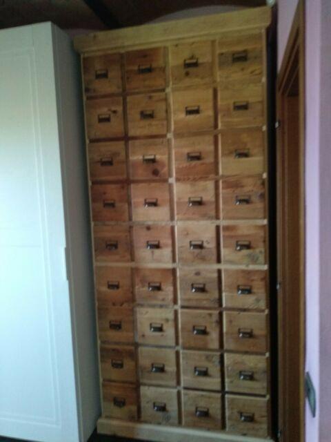 Cassettiera armadio in legno vecchio 4 ante 2 cassetti