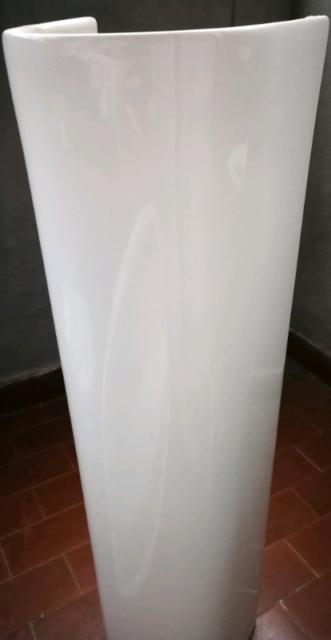 Laufen lavabo a colonna