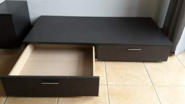 Basso Mobile Porta Tv Ikea.Mobile Basso Porta Tv O Soggiorno Besta Ikea Posot Class