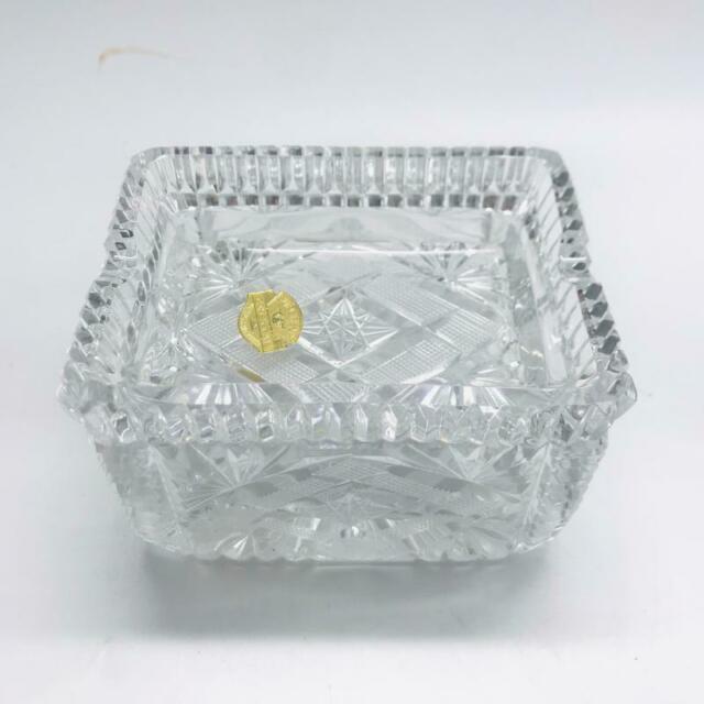 Posa cenere a cassetta in cristallo lavorato